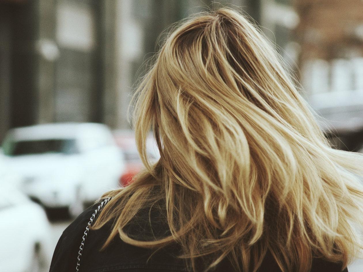 Revolucionarna četka za sušenje i povećanje volumena kose!