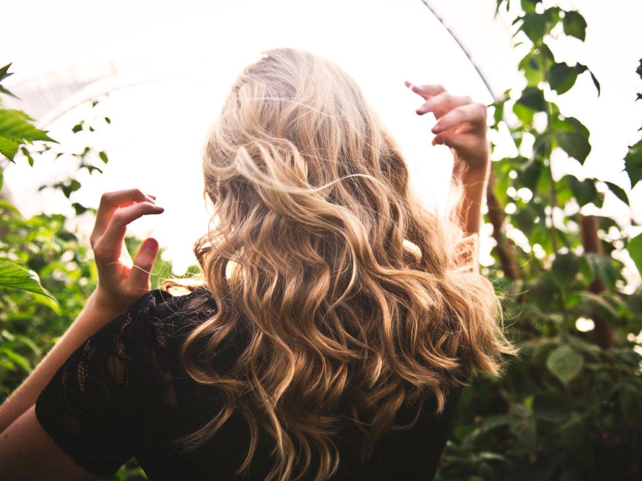 Životne sitnice i četke za prekrasnu kosu svaki dan